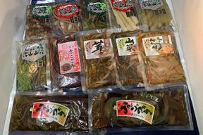 「国産山菜・きのこ 水煮・味付・ご飯の素セット」 ミネラル・マイナスイオンの豊富な月山山系の伏流水使用 1袋x12種