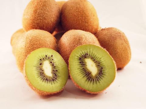 【送料お得】バナナを上回るビタミン宝庫!棚田の無農薬キウイフルーツ(3㎏)