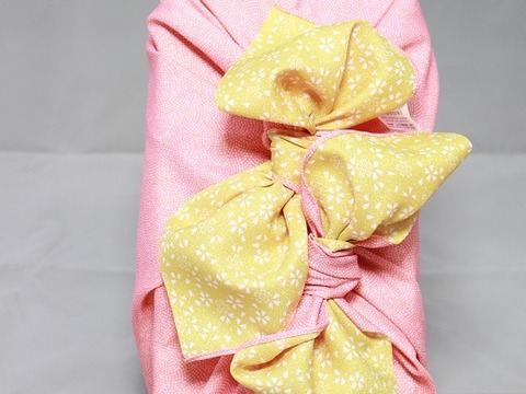 🌸🌸🌸【御贈答用】奇跡のDNA「神の力」玄米1kg桐箱風呂敷包み(ピンク・カラシ)