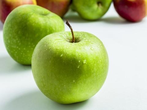 グラニースミス(5㎏) 欧米で青りんごといえばこれ アップルパイにおすすめ