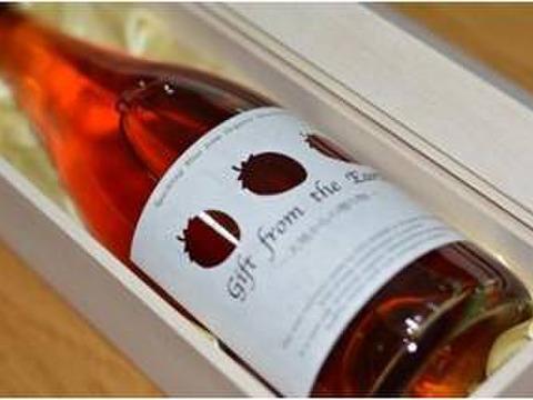 お花見はこれで決まり!化学農薬不使用いちご100%自然派スパークリングワイン(簡易包装)