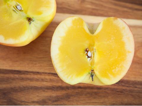 【完売御礼】驚きの蜜たっぷりりんご🍎こうとく2kg シャキシャキの食感とトロピカルな香りがくせになります!