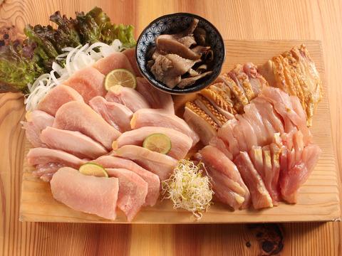 【おうちでグルメ☆】鶏刺し食べ比べ! お楽しみセット(冷凍)【5種+炭火焼+鶏味噌+甘露醤油】
