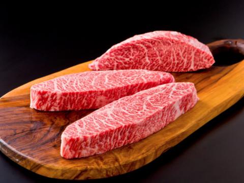 山形県産のお米で育った黒毛和牛『和の奏』イチボステーキ150g二枚セット