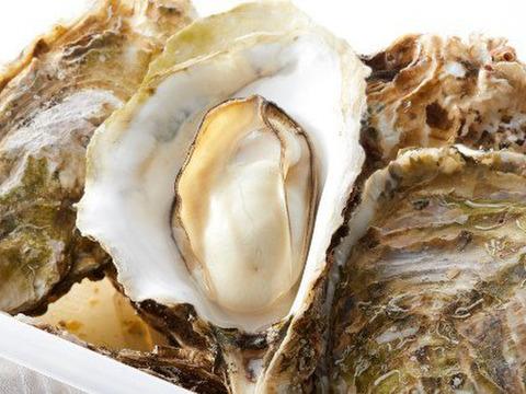 新メニュー今だけ 殻付き 加熱用 10kgと殻付き 生食用Mサイズ10個のセット