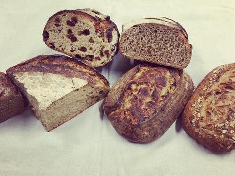 北海道十勝から自然に寄り添ったパンをお届け!風土火水(ふうどかすい)BOX(C) 【オーガニックパンセット】