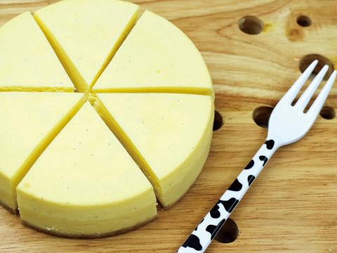何にでも合うチーズケーキ!3種類ホールセット