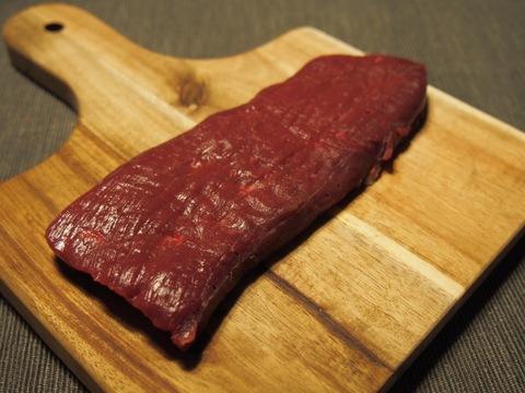 【内もも肉2枚】100%北海道産熟成鹿肉